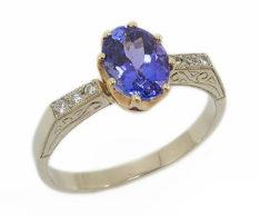 Zdjęcia pierścionków zaręczynowych